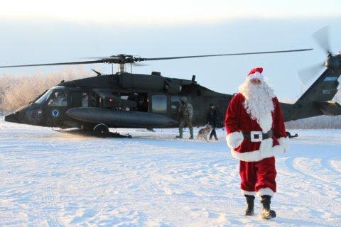 Santa, soldiers bring joy to beleaguered Alaska village