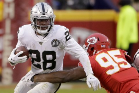 Raiders rookie Josh Jacobs playing with fractured shoulder