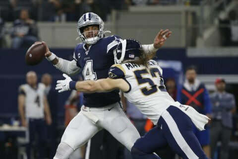 Cowboys can clinch maligned NFC East with win over Eagles