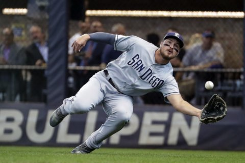 Padres get Pham, Cronenworth from Rays for Renfroe