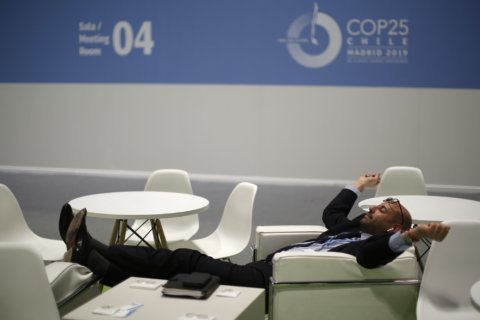 Disappointment as marathon climate talks end with slim deal