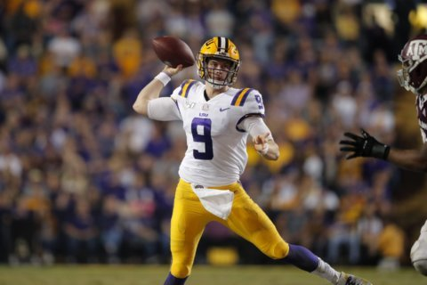 AP Top 25 Podcast: Championship weekend and hiring season