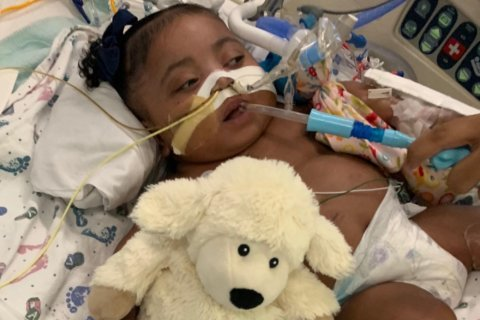 New judge to decide on removing life support for Texas baby