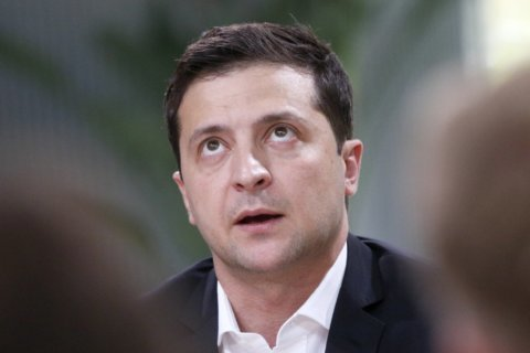 Ukraine's leader hopes for lasting truce, prisoner swap