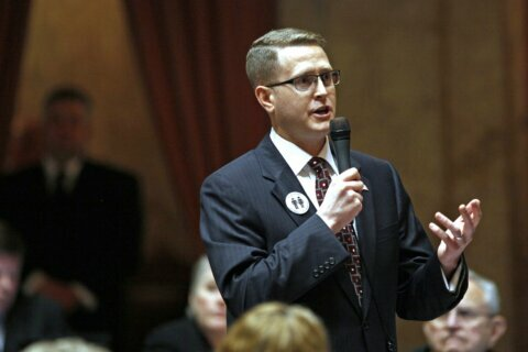 Washington state lawmaker accused of terrorism won't resign