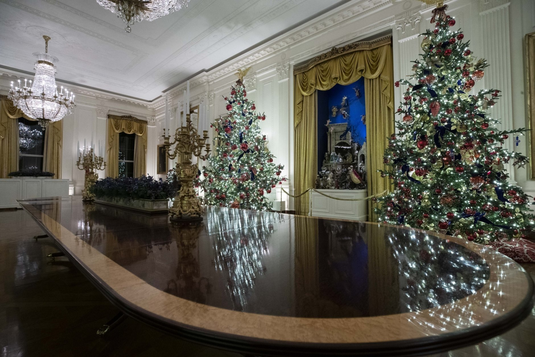 White House Christmas decorations 2019: Patriotism is the ...