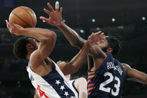 Beal scores 30, short-handed Wizards hold off Knicks 121-115