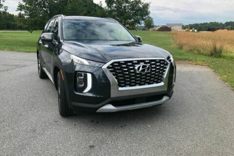 Car Review: 2020 Hyundai Palisade has space for 8 and a touch of luxury at a reasonable price