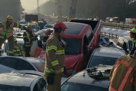 Roads re-open after fog, ice causes 69-car pileup, injuries on I-64 near Williamsburg