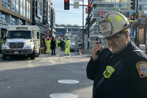Gas leak near Navy Yard Metro station prompts evacuations, rail service delays