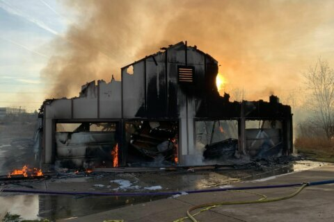 Fire marshal: Loudoun County golf club fire caused by golf cart electrical malfunction