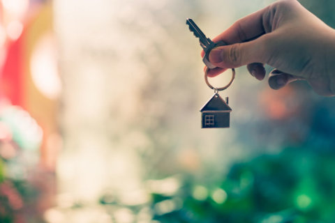 Buying and selling a home at the same time? Here's a better way