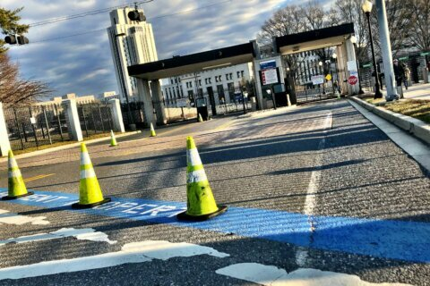 Gate tweaks affect traffic, access at Walter Reed and Navy facilities