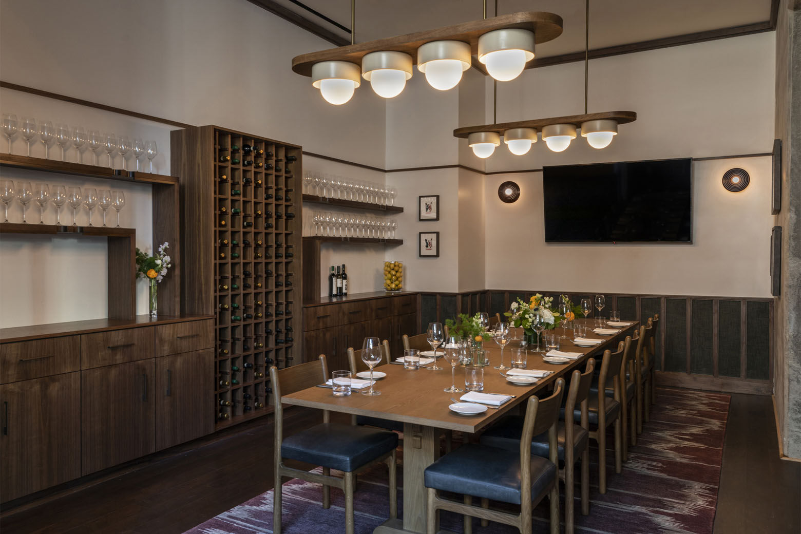 Maialino Mare is the D.C. outpost of the original Maialino Mare restaurant from restaurater Danny Meyer's Union Square Hospitality Group, which anchors the Grammercy Park Hotel in Manhattan.