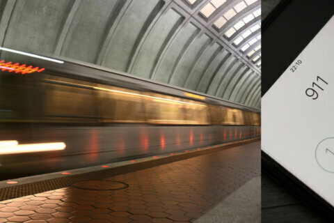 '911, please hold': Metro used DC's outdated emergency number for years