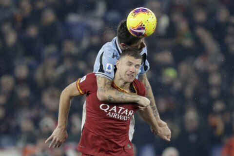 Poor goalkeeping contributes to 1-1 draw in Rome derby