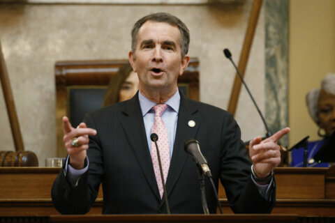 AP EXCLUSIVE: Northam to ban guns from Capitol grounds