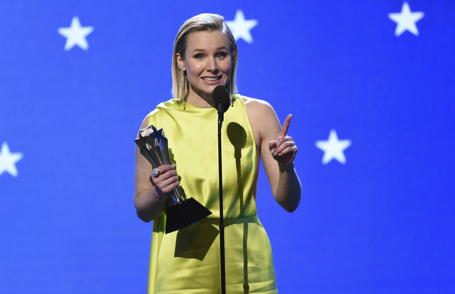 Kristen Bell accepts the #SeeHer award at the 25th annual Critics' Choice Awards on Sunday, Jan. 12, 2020, at the Barker Hangar in Santa Monica, Calif. (AP Photo/Chris Pizzello)