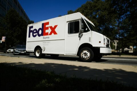 Amazon lets third-party sellers use FedEx ground again