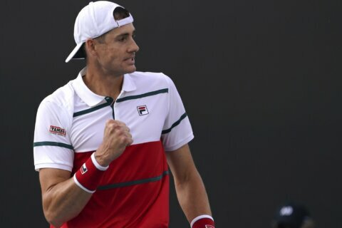 Australian Open Glance:  Divergent paths for 3rd-round foes