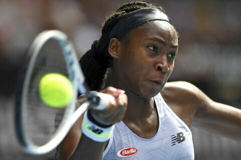 Coco Gauff joins Serena Williams in US team for Fed Cup