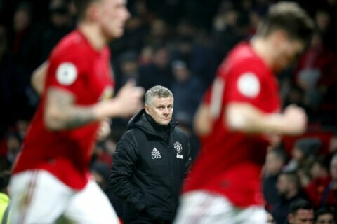 Man United condemns 'unwarranted attack' on Woodward's home