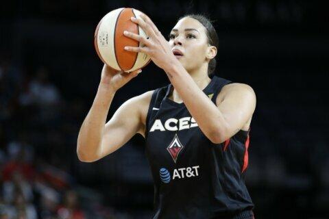 WNBA star Cambage devastated by fires in native Australia