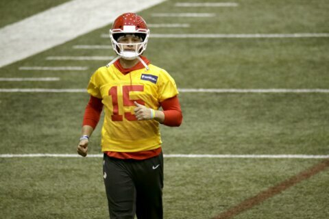 Chiefs' Mahomes leads way with his legs, not just his arm
