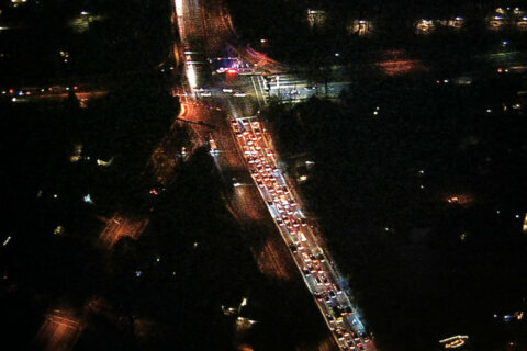 Water main break closes part of Connecticut Avenue in Chevy Chase