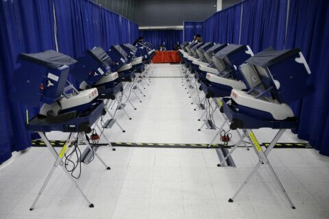 FBI plans to notify states about local election breaches