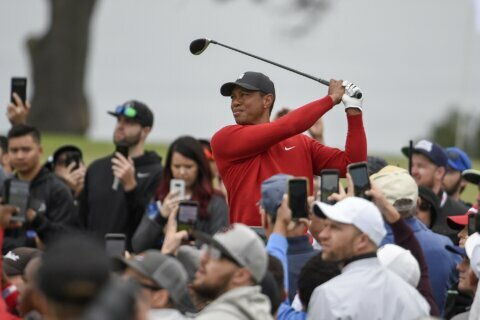Woods stunned to learn of Kobe Bryant's death