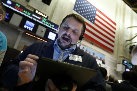 Stocks sink on fears virus outbreak will dent global economy