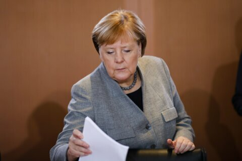 Merkel, Abu Dhabi crown prince discuss Libya ahead of summit