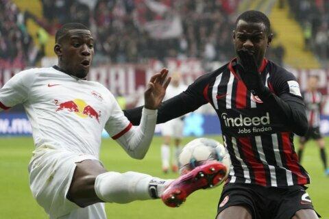 Leipzig beaten, Bundesliga title race thrown wide open