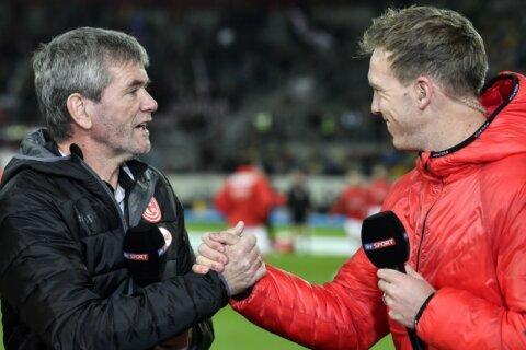 Struggling Düsseldorf fires coach Funkel, hires Rösler