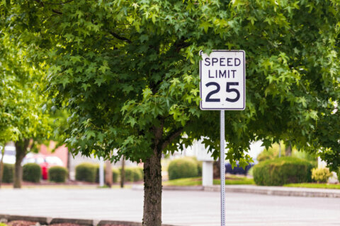 Arlington Co. approves adding $200 fine for neighborhood speeders