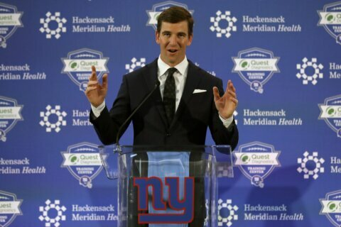 Giants' Eli Manning retires after 16 seasons, 2 Super Bowls