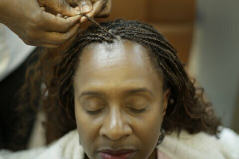 Midwestern states consider banning bias based on hairstyles