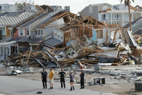 Tourists can help rebuild storm-ravaged town in Florida