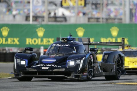 Wayne Taylor obliterates Rolex 24 field without his sons