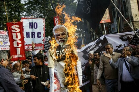 India's ruling party lawmaker threatens to shoot protesters