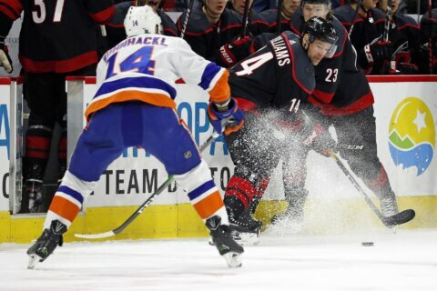 Williams returns, gets shootout goal in Hurricanes' win