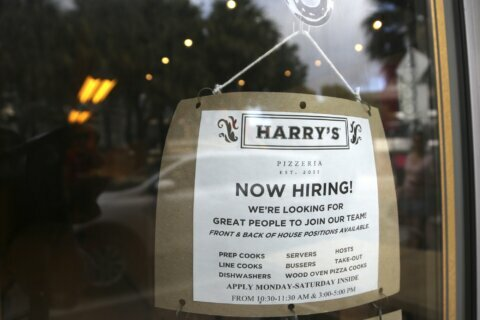 Employers post fewer jobs in November