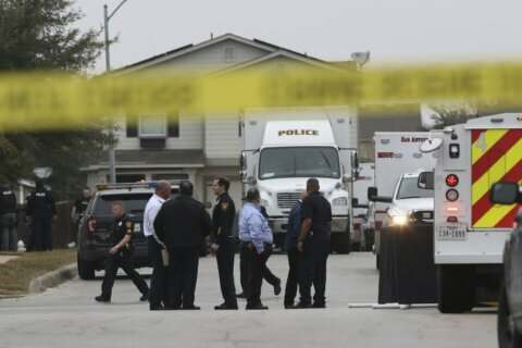 San Antonio standoff ends hours after man killed by police
