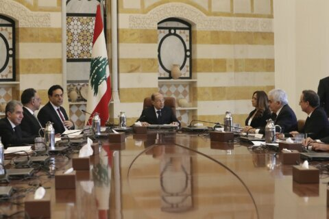 Lebanese Cabinet faces multiple challenges, growing unrest