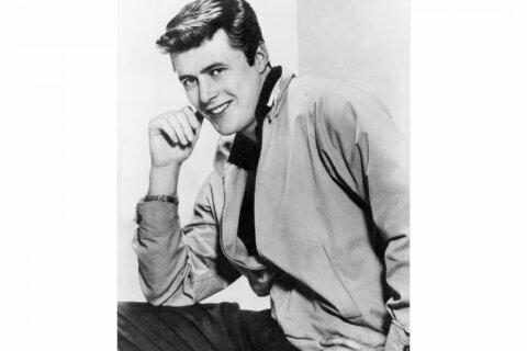 """Edd Byrnes, who played """"Kookie"""" in """"77 Sunset Strip,"""" dies"""