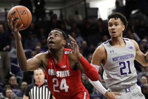 Carton leads Ohio State past Northwestern 71-59