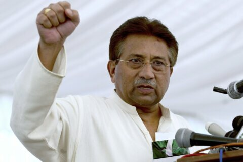 Pakistan court overturns death penalty for ex-president