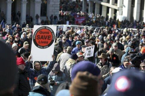 West Virginia invites NRA as Virginia plans for gun-control