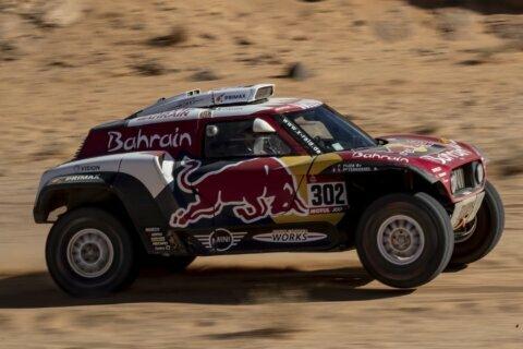 Sainz pads Dakar Rally lead with Stage 5 win